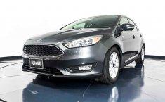 Pongo a la venta cuanto antes posible un Ford Focus en excelente condicción-14