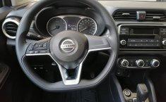 Auto Nissan Versa Sense 2020 de único dueño en buen estado-18