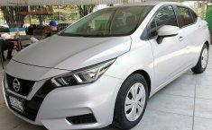 Auto Nissan Versa Sense 2020 de único dueño en buen estado-17