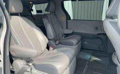 Toyota Sienna 2014 impecable en Tlalpan-21