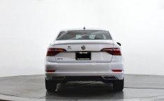 Se pone en venta Volkswagen Jetta 2019-18
