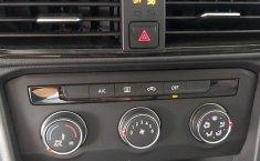 Volkswagen Taos 2021 en buena condicción-12