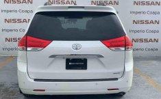 Toyota Sienna 2014 impecable en Tlalpan-15