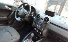 Auto Audi A1 2016 de único dueño en buen estado-3