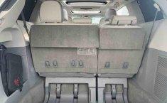 Toyota Sienna 2014 impecable en Tlalpan-11