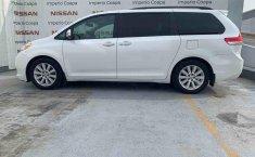 Toyota Sienna 2014 impecable en Tlalpan-7