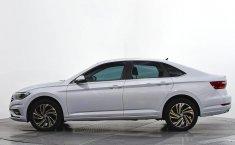 Se pone en venta Volkswagen Jetta 2019-10