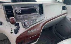 Toyota Sienna 2014 impecable en Tlalpan-4
