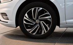 Se pone en venta Volkswagen Jetta 2019-5
