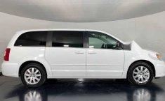 48215 - Chrysler Town & Country 2016 Con Garantía-5