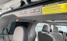Toyota Sienna 2014 impecable en Tlalpan-2