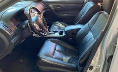 Nissan Altima 2013 en buena condicción-6