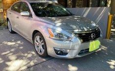 Nissan Altima 2013 en buena condicción-3