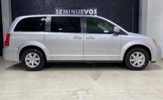 Se pone en venta Chrysler Town & Country 2011-14