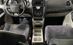 Se pone en venta Chrysler Town & Country 2011-13