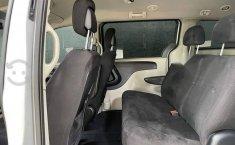 Se pone en venta Chrysler Town & Country 2011-12