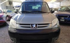 Peugeot Grand Raid 2007 impecable en San Luis Potosí-13