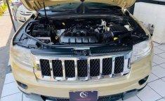 Jeep Grand Cherokee 2011 Overland-16