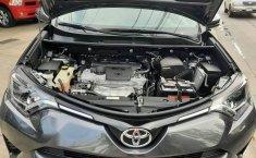 Toyota rav4 xle 2016 impecable-3