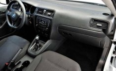 Volkswagen Jetta 2.0 2018 en buena condicción-7