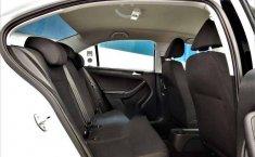 Volkswagen Jetta 2.0 2018 en buena condicción-0