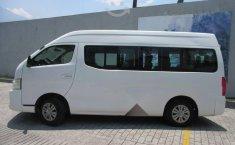 Nissan Urvan 2015 2.5 Amplia 15 Pasajeros Mt-15