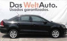 Volkswagen Vento 2018 4p Comfortline L4/1.6 Aut-16