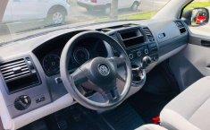 VW TRANSPORTER PASAJEROS 2015 #6899-8