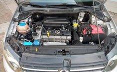 Volkswagen Vento 2016 1.6 Comfortline At-8