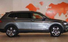 Volkswagen Tiguan 2020 5p Highline L4/2.0/T Aut-13