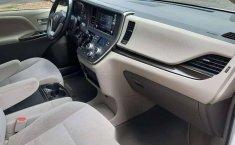 Venta de Toyota Sienna 2019 usado Automático a un precio de 416000 en Iztapalapa-14