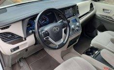 Venta de Toyota Sienna 2019 usado Automático a un precio de 416000 en Iztapalapa-12