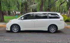 Venta de Toyota Sienna 2019 usado Automático a un precio de 416000 en Iztapalapa-11