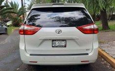 Venta de Toyota Sienna 2019 usado Automático a un precio de 416000 en Iztapalapa-10