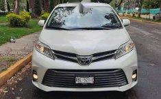 Venta de Toyota Sienna 2019 usado Automático a un precio de 416000 en Iztapalapa-8