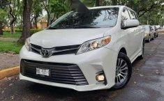 Venta de Toyota Sienna 2019 usado Automático a un precio de 416000 en Iztapalapa-3