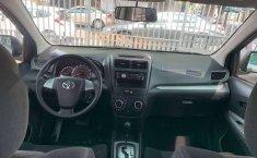 Toyota Avanza 2016 Automática Factura Original-7