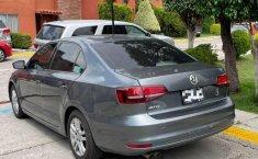 Volkswagen Jetta Live 2016 en buena condicción-6