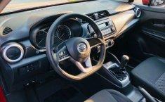 Auto Nissan Versa Sense 2020 de único dueño en buen estado-5