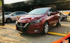Auto Nissan Versa Sense 2020 de único dueño en buen estado-3