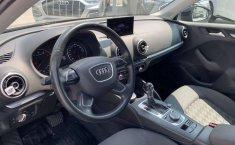 Audi A3 1.4 Sedán Ambiente At-9