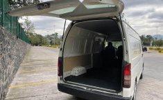 Se vende urgemente Toyota Hiace 2013 en Coyoacán-1