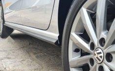Volkswagen Vento 2020 1.6 Comfortline At-12