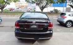 Volkswagen Vento 2018 4p Comfortline Sound L4/1.6-14