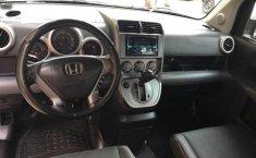 Auto Honda Element 2003 de único dueño en buen estado-4