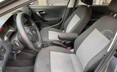 Se pone en venta Volkswagen Vento Active 2014-5