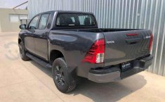 HILUX SR ENGANCHE $161,400 MENSUAL $8,400-6