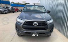 HILUX SR ENGANCHE $161,400 MENSUAL $8,400-5
