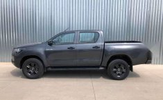 HILUX SR ENGANCHE $161,400 MENSUAL $8,400-4