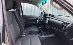 HILUX SR ENGANCHE $161,400 MENSUAL $8,400-0